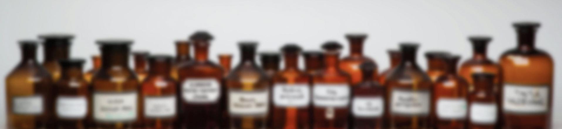 Isartal Apotheke München Flaschen Header